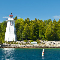 The picturesque harbour at Tobermory is a great place to scuba dive.